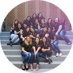 Photo of 2017 SLG members on steps